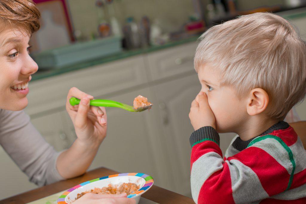 picky eater, child refusing food